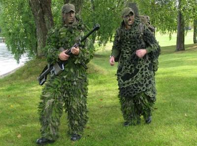 Förberedda att förevisa prickskyttevapen