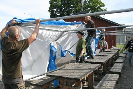 Tältresning i lägret